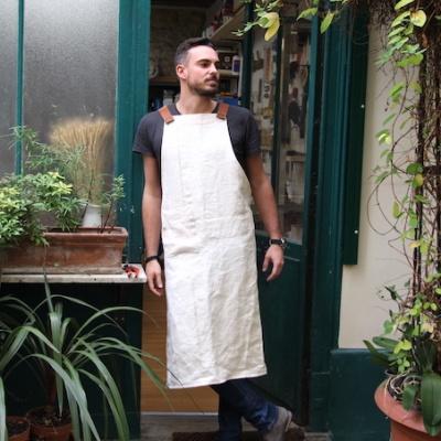 Tablier d'atelier homme avec anse en cuir.